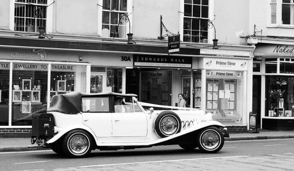 Classic-Converatble-wedding-car-hire-6